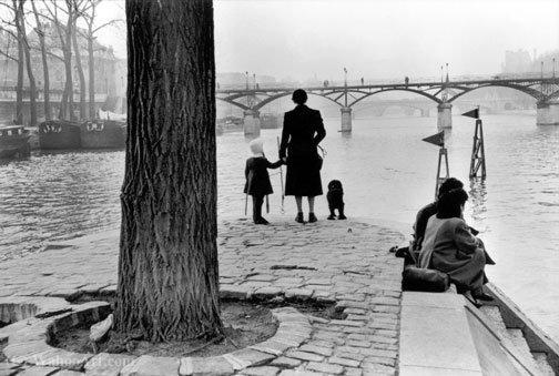 Untitled (846) por Henri Cartier-Bresson (1908-2004, France)